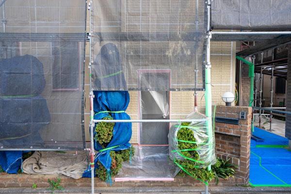 外壁に浸水で大損害の事例